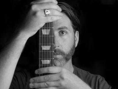 Environmental Portrait Photography: Tom Curry - Antigonish Musician